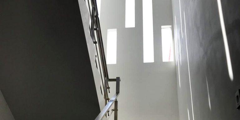 Bu Lani Stair